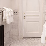 Whether its a luxurious mansion room or an out-building retreat room, all linens are 5 star hotel quality.
